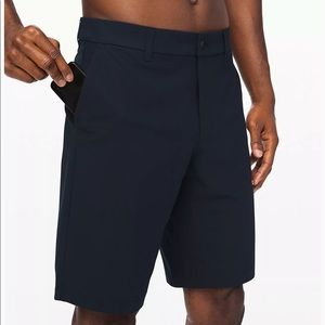 "Men's Lululemon 11"" Commission Shorts 32"